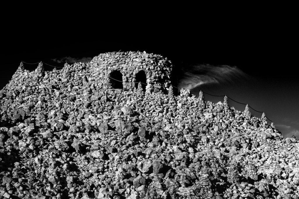 Dee Wright Observatory  © Julian Köpke